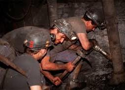 Zilver- en antimoonmijn in Ally
