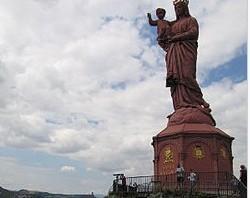 Standbeeld Notre Dame de France