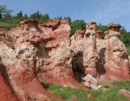 Rode rotsen van de Vallée des Saints