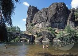 Zwemmen in de rivier de Allier bij Prades